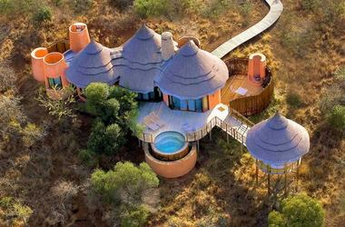 Thanda safari lodge listing