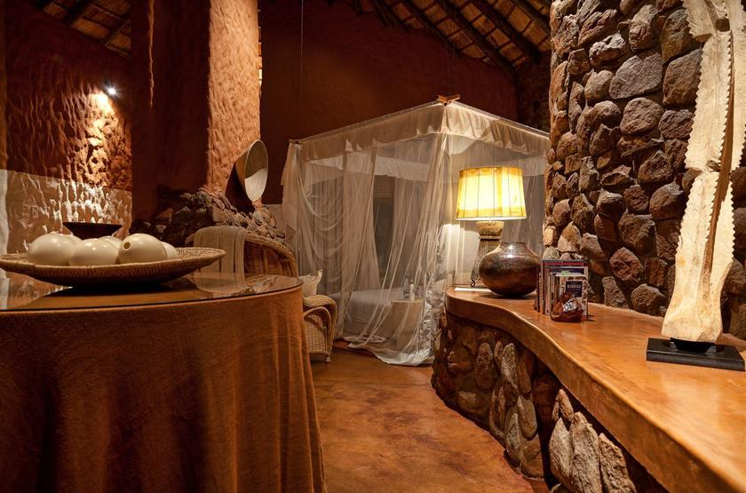 Suite interior 2 slideshow