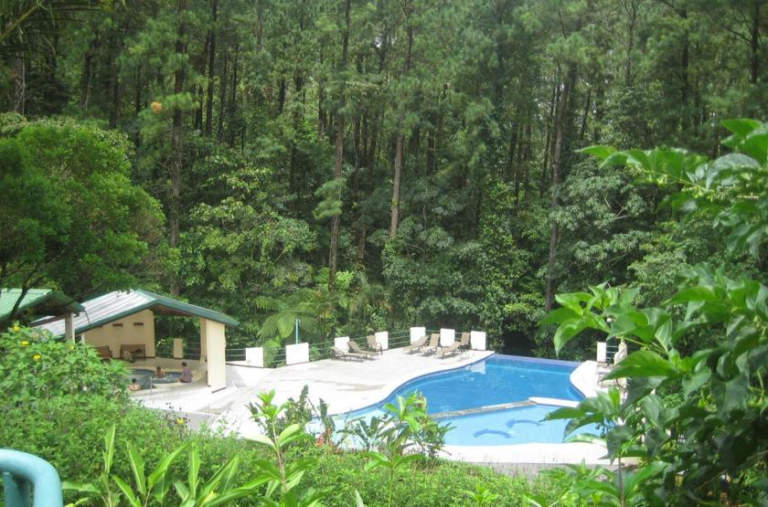 Arenal Observatory Lodge, Costa Rica, piscine et jacuzzi