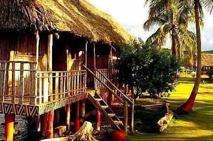 Sapibenega, The Kuna Lodge, San Blas, Panama, cabanas