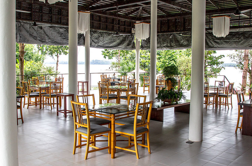 The River Resort, Champassak, restaurant