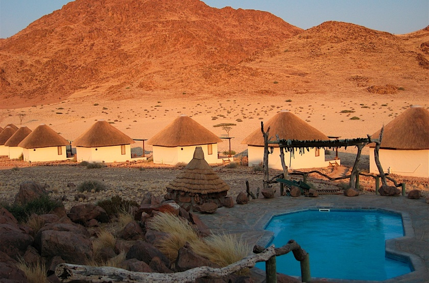 The Desert Homestead et Horse Trails, Sossusvlei, Namibie, piscine