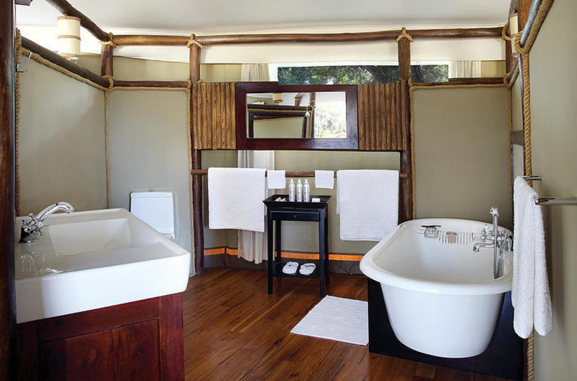 Anabezi Luxury Tented Camp, Lower Zambezi, salle de bains