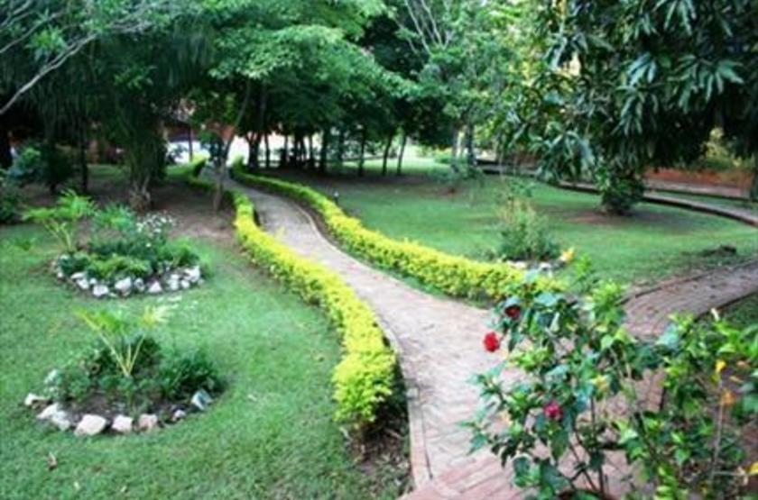 Olho de Agua, Bonito, Brésil, jardin