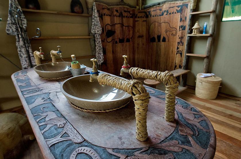 Malawi shire river liwonde   mvuu lodge   salle de bain slideshow