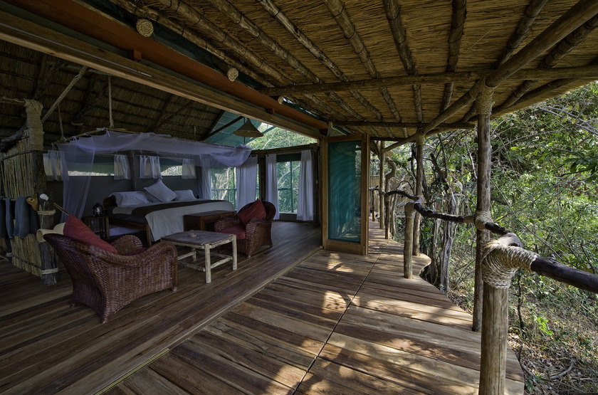 Malawi shire river liwonde   mvuu lodge   room slideshow
