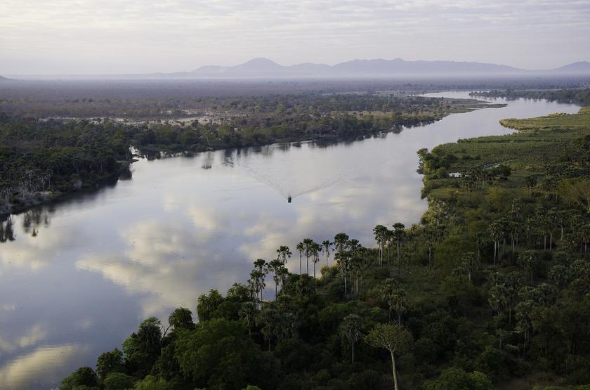 Malawi shire river liwonde   mvuu lodge   paysage vue a rienne 4 slideshow