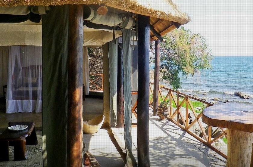 Blue Zebra Island Lodge, ile Nankoma, Malawi, chambre et terrasse