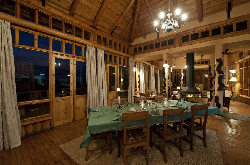 Chelinda Lodge, Nyika Park, Malawi, restaurant