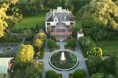 Houmas house plantation darrow  vue a rienne maison listing