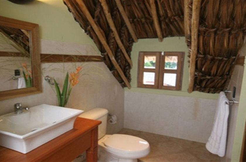 Tapuy Lodge, Parc National de Canaima, Venezuela, salle de bains