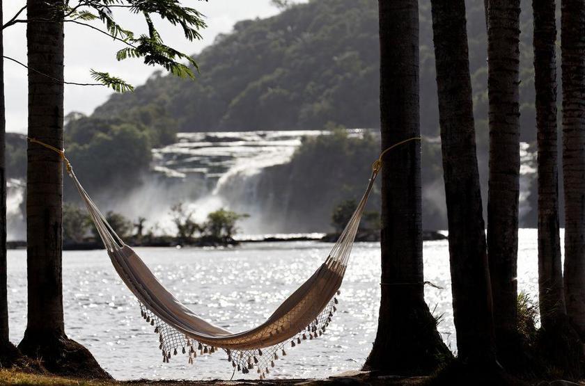 Waku Lodge, Parc national de Canaima, Venezuela, vue sur les chutes