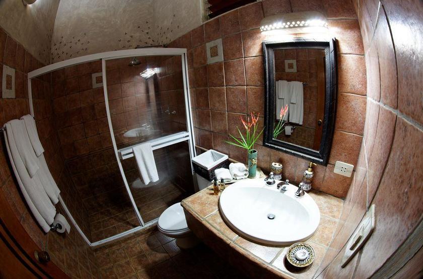 Waku Lodge, Parc national de Canaima, Venezuela, salle de bains