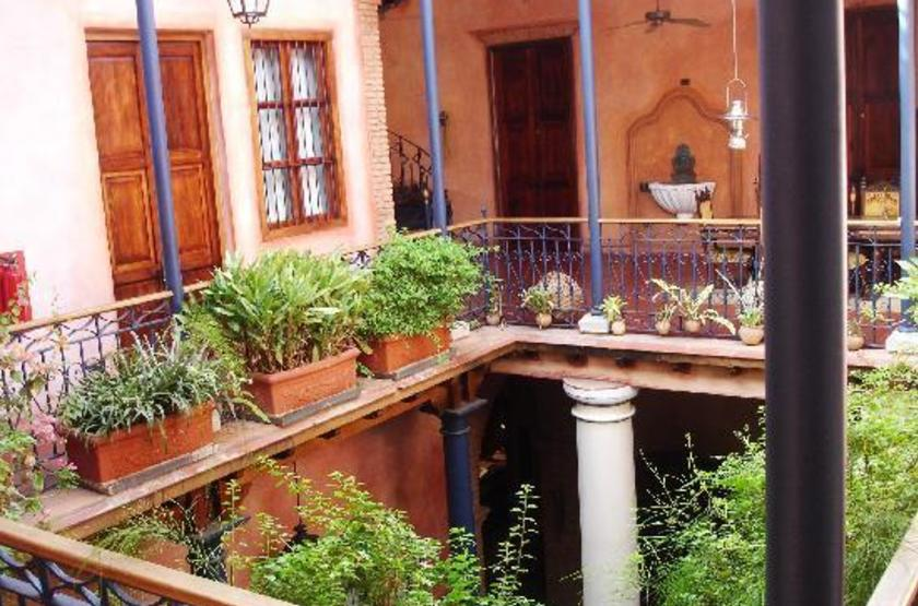 Posada Casa Grande, Bolivar, Venezuela, patio