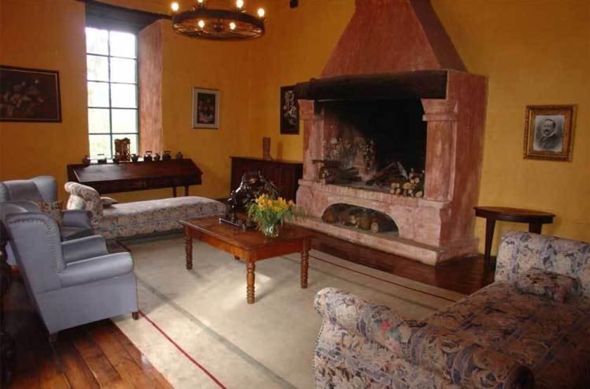 Hacienda Pinsaqui, Otavalo, Equateur, salon