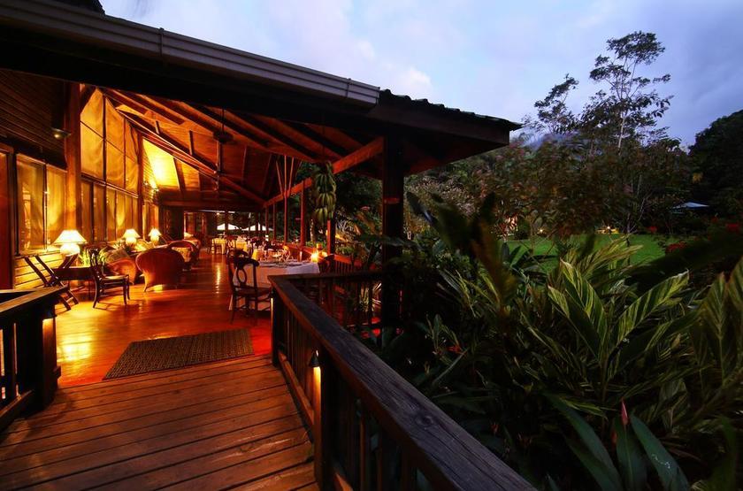 Honduras - Pico Bonito Lodge - Restaurant terrasse