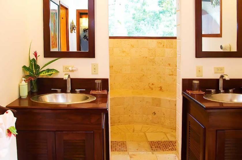 Chaa Creek Lodge, San Ignacio, Belize, salle de bains
