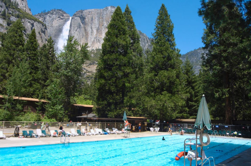Yosemite Valley Lodge At The Falls, Parc du Yosemite, Etats Unis, piscine