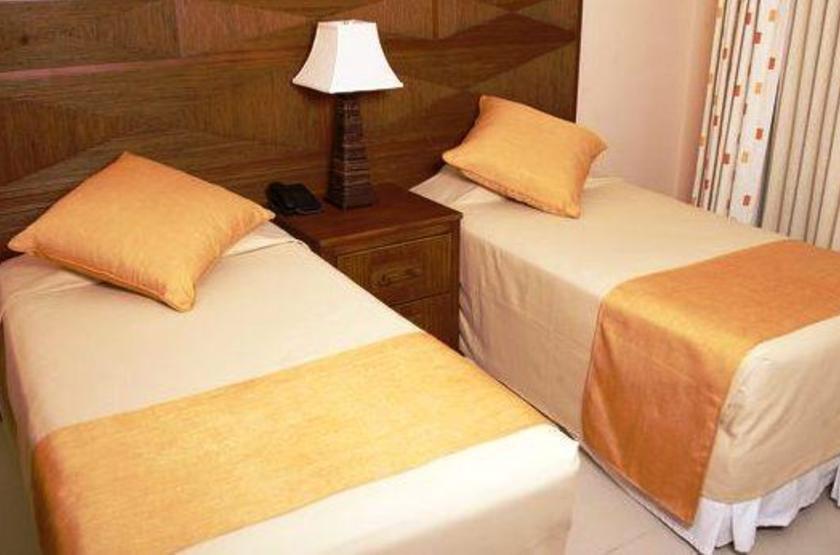 Honduras - Paradise Oceanic Hotel - Chambre