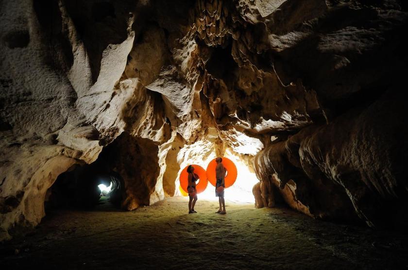Chaa Creek Lodge, San Ignacio, Belize, grottes