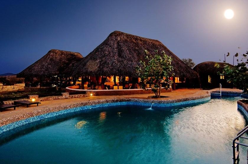 Amboseli Sopa Lodge, Amboseli, Kenya, piscine