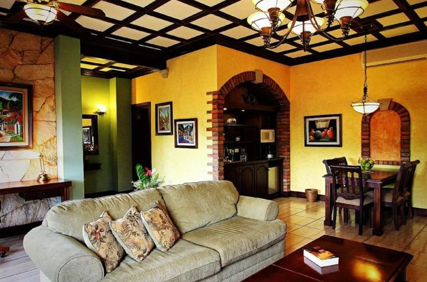 Hotel Marina Copan, Ruinas, Honduras, salon