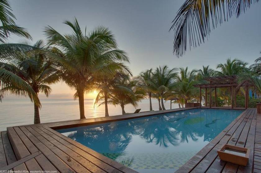 Robert's Grove Inn Resort, Placencia, Belize, piscine