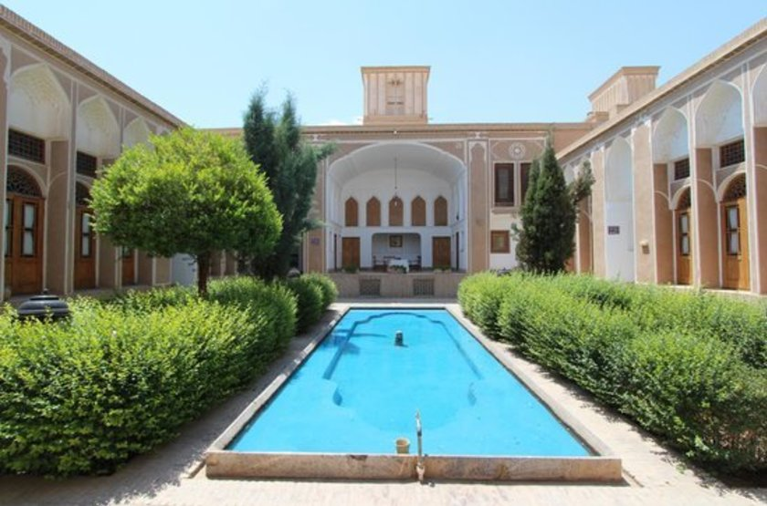 Laleh Hotel, Yazd, Iran, cours