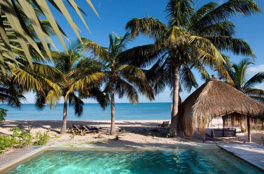 & Beyong Benguerra Lodge, Mozambique, cabanas
