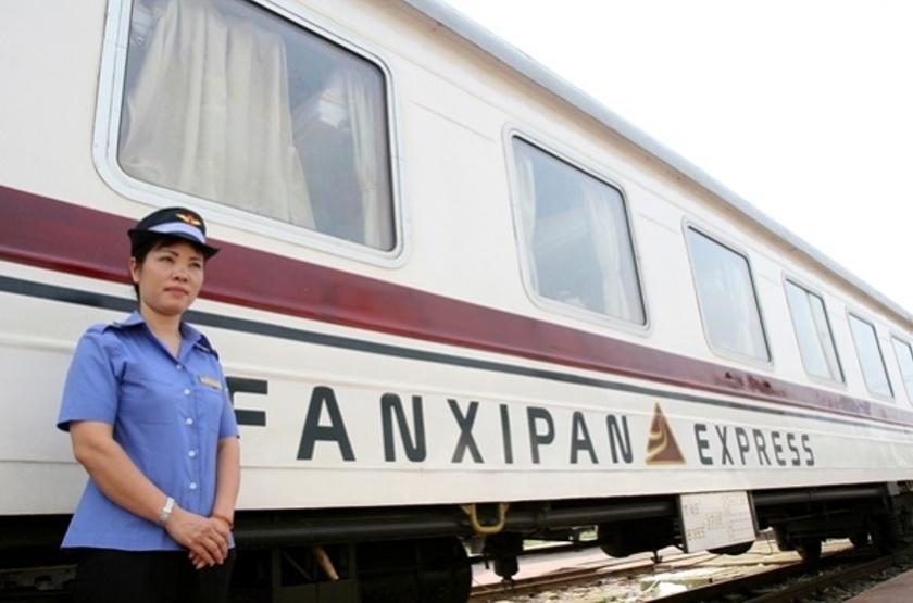 Vietnam - Fanxipan Express - Vue Train