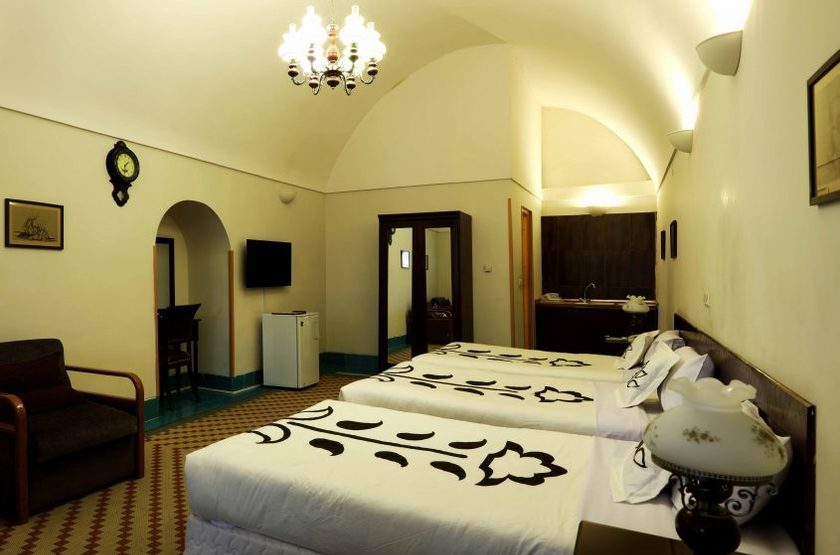 Dad Hotel, Yazd, Iran, chambre triple