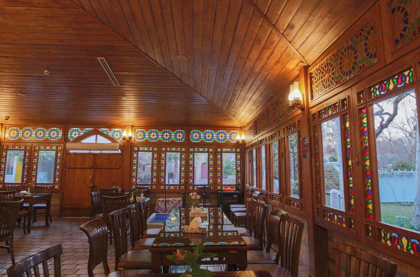 Kowsar Hotel, Ispahan, Iran, restaurant Le Crèdre