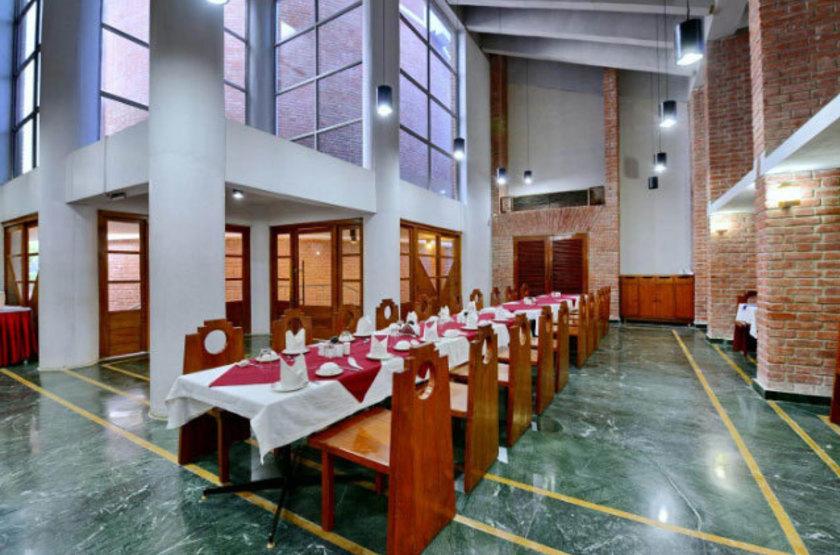 Inde - Indo Hokke Hotel - Salle à manger
