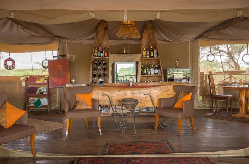 Elephant Bedroom Camp, Samburu, Kenya, bar
