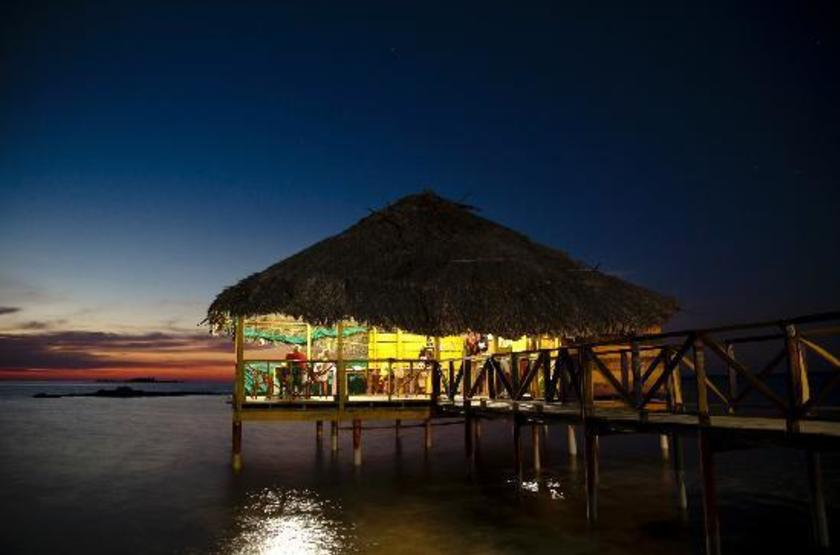 Dad Ibe Lodge, San Blas, Panama, terrasse sur pilotis