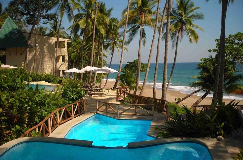Costa Rica - Tango Mar - Piscine et plage