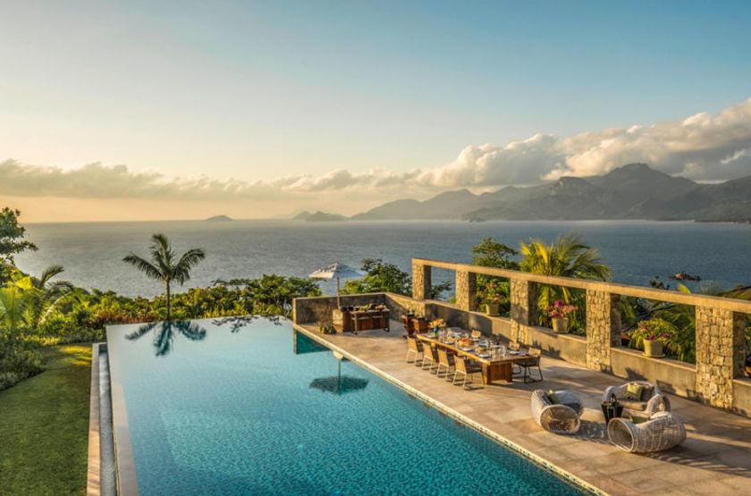 Four Seasons Resort, Mahé, Seychelles, piscine