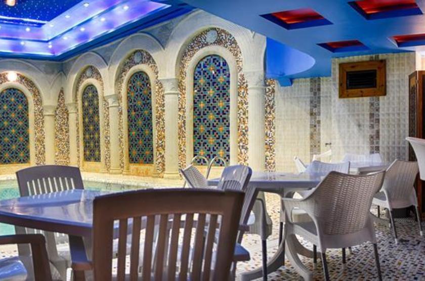 Karim Khan, Shiraz, Iran, piscine intérieure