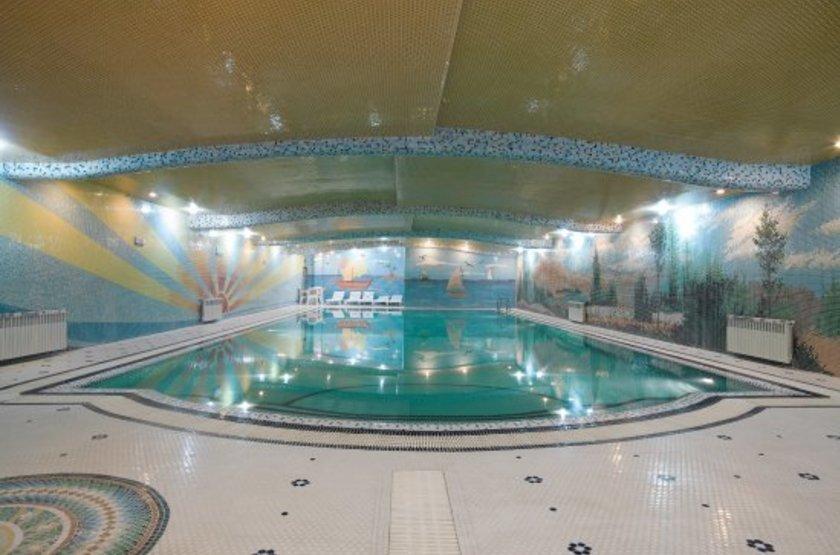Ferdowsi International Grand Hotel, Téhéran, Iran, piscine