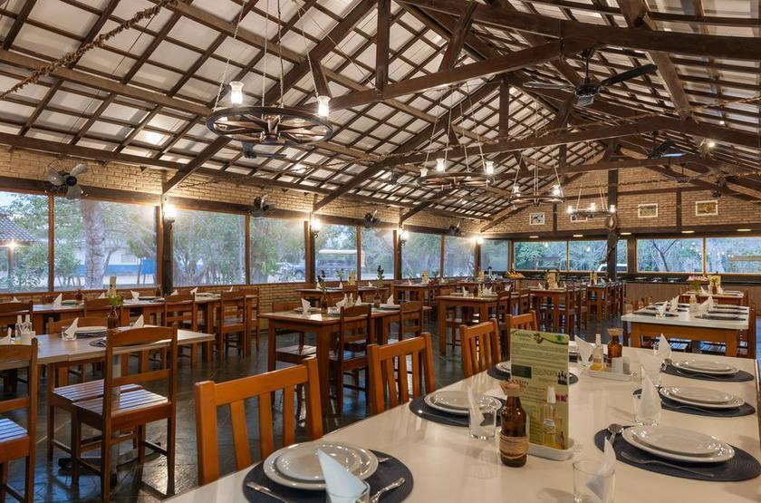 Brésil - Pousada Rio Claro - Restaurant