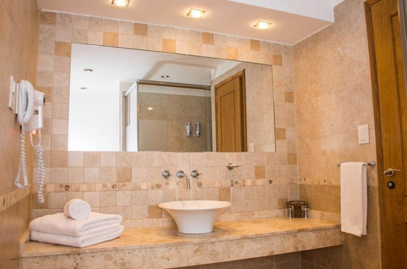 Argentine - Hotel Piren - salle de bains