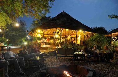 Dining area nile safari lodge listing