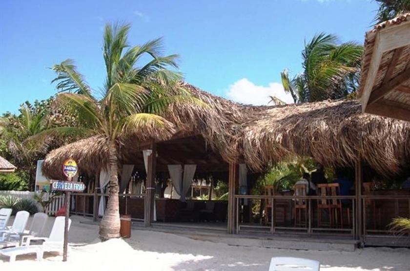 Honduras - Paradise Oceanic Hotel - Accès plage direct
