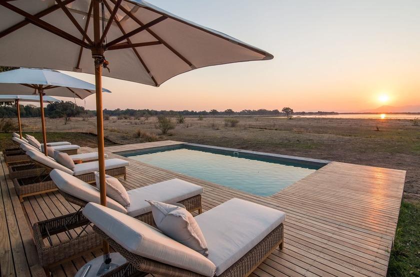 Chikwenya Camp, Parc de Hwange,  Zimbabwe, piscine