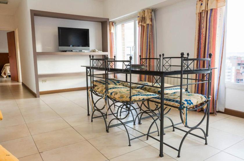 Argentine - Hotel Piren - Salle à manger