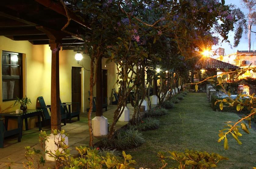 Guatemala - La Posada - Jardin