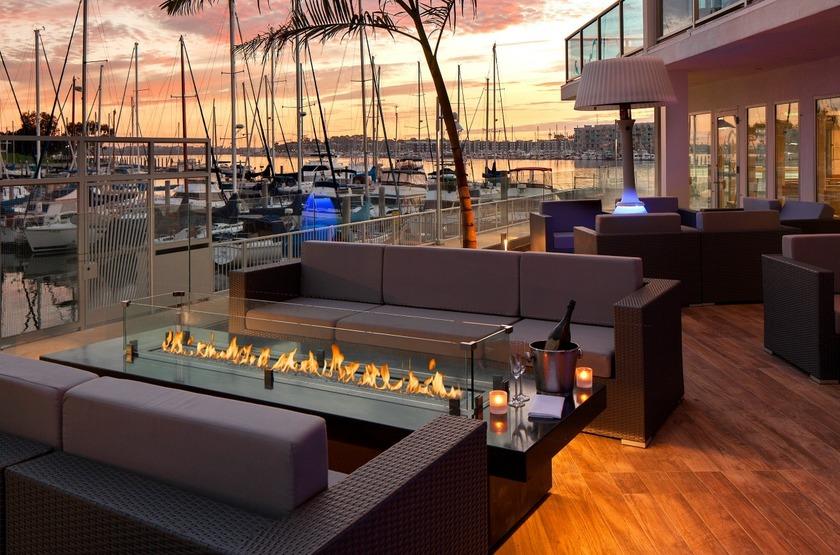 Marina Del Rey, Los Angeles, Etats Unis, restaurant extérieur