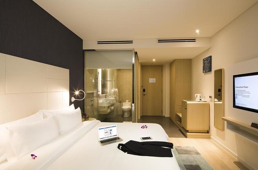 Vietnam - Liberty Central Riverside - suite