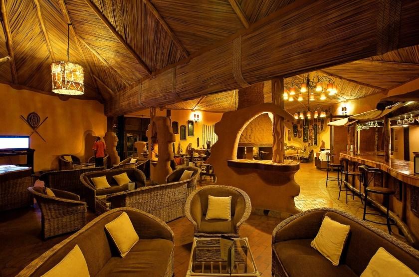 Amboseli Sopa Lodge, Amboseli, Kenya, salon