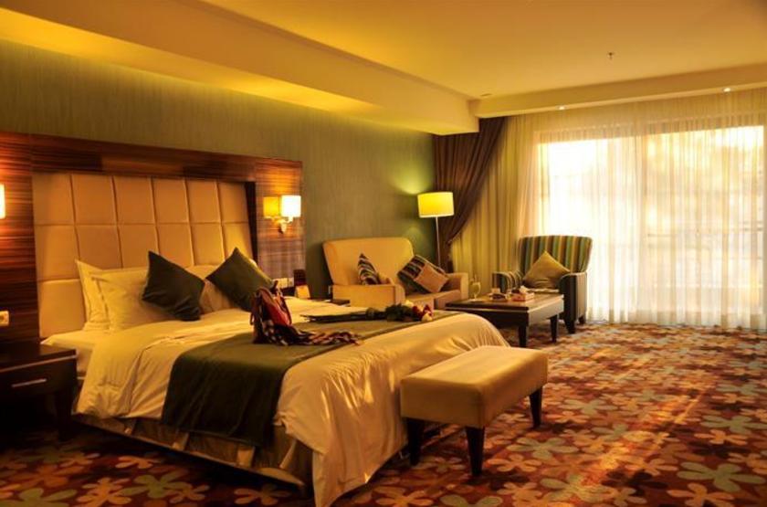 Kowsar Hotel, Ispahan, Iran, suite